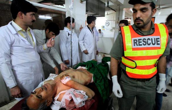 Al menos 15 muertos y 24 heridos en un ataque suicida en Pakistán