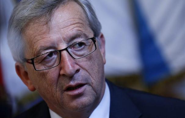 """Juncker dice que en Alemania se trata a la eurozona como """"una filial"""""""