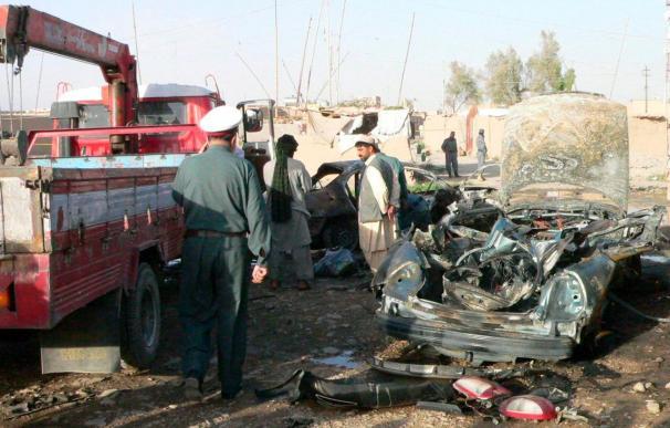 Mueren en Afganistán 30 supuestos insurgentes y tres soldados de la ISAF