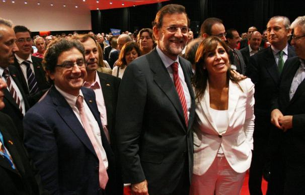"""Rajoy reclama """"responsabilidad"""" y respeto a la Constitución"""