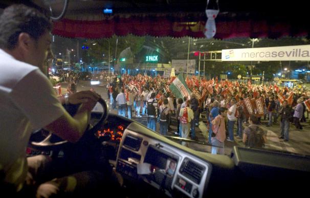 Piquetes bloquean los mercados de Salamanca, Granada, La Rioja y Las Palmas