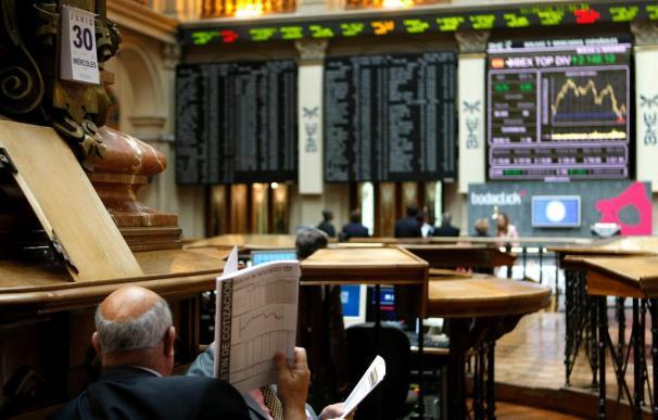 La bolsa española se da la vuelta a mediodía y el IBEX cae el 0,98 por ciento