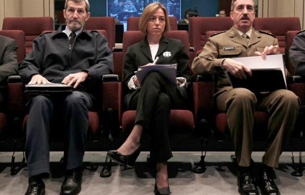 La ministra de Defensa destaca que el que la OTAN tome el mando en Libia facilitará más la operación