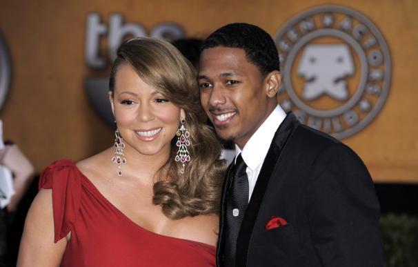 Mariah Carey decora su vientre para mostrar en Twitter su avanzado embarazo
