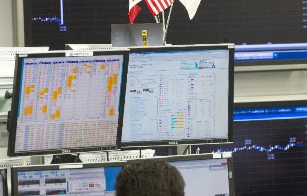 El Nikkei baja 35,79 puntos, el 0,37 por ciento, hasta 9.566,32 puntos