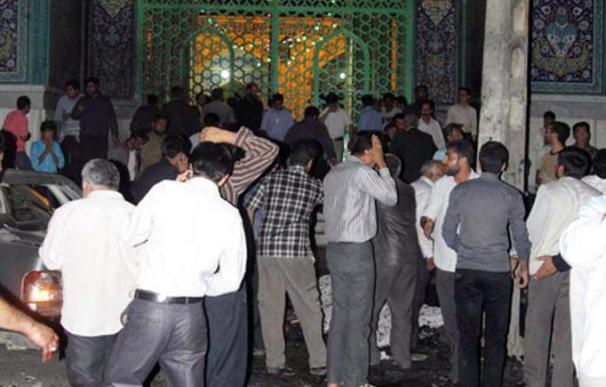 Al menos una decena de muertos en un atentado con bomba en el noroeste de Irán