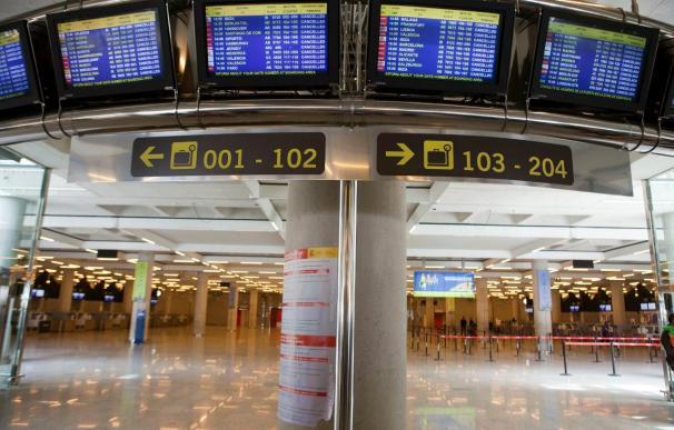 Fomento afirma que trabaja en mantener el 50 por ciento de descuento aéreo en Baleares