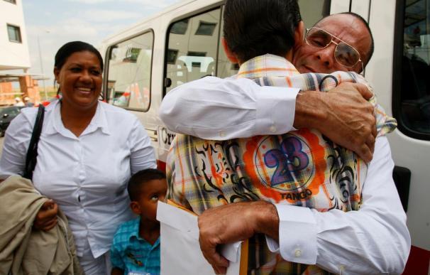 Los últimos cuatro presos cubanos excarcelados llegarán a España esta semana