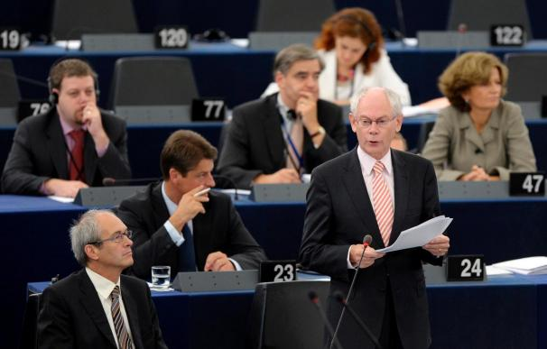 Van Rompuy reconoce que muchos países de la UE aún sufren la crisis y el desempleo