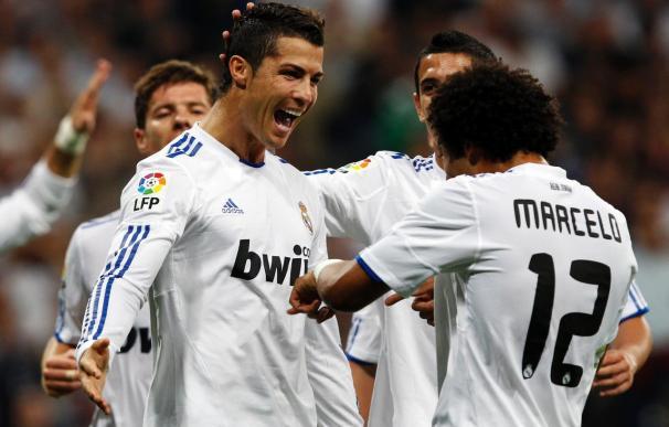 Un espeso Real Madrid derrota al Espanyol (3-0) en el estreno goleador de Cristiano en esta liga