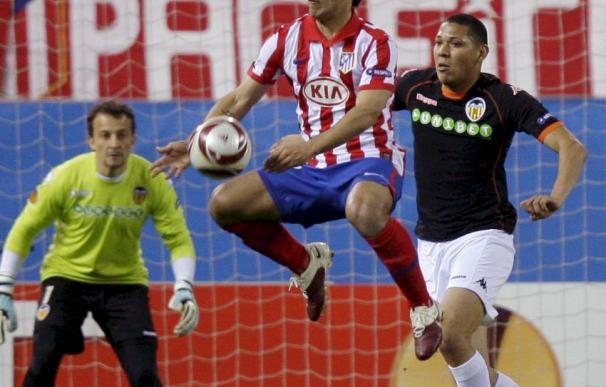 El Atlético eliminó al Valencia de la Liga Europa el año pasado con mucha polémica