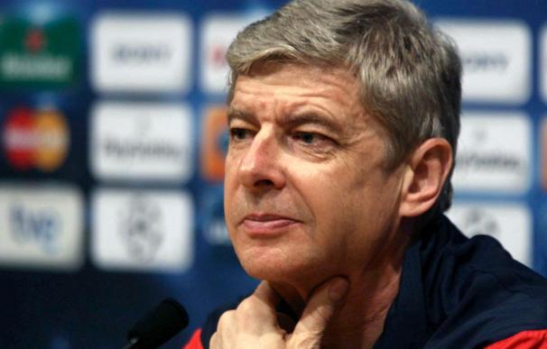"""El entrenador del Arsenal dice que perder a Fàbregas hubiera sido """"un auténtico fracaso"""""""