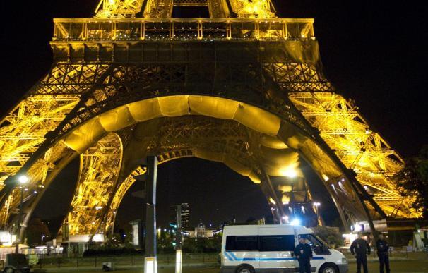 Reabierta la torre Eiffel tras el segundo falso aviso de bomba en dos semanas