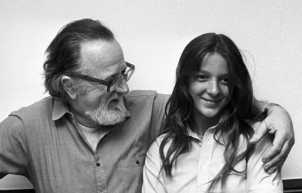 La paranoia menoscabó la creación de José Donoso, según su hija