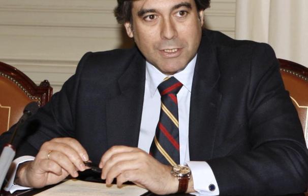 El PP retira a Enrique López y favorece la renovación del Tribunal Constitucional