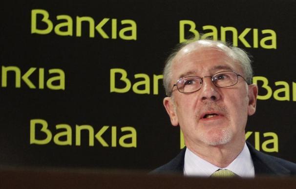 Rato dimite como presidente de Bankia