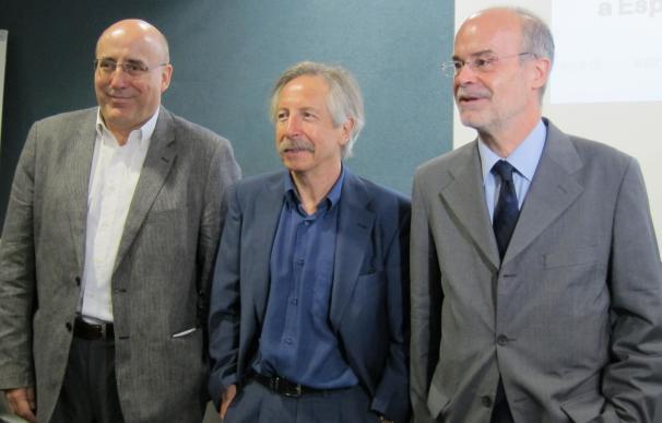 """(Amp) EuropeG duda de la solidez de la recuperación económica de España por la """"abultada"""" deuda externa"""