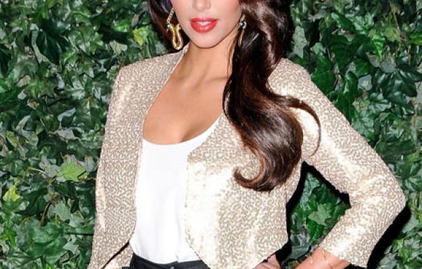 El novio de Kim Kardashian conocerá al clan