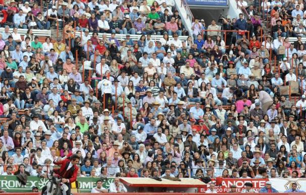 Rejoneador español Hermoso de Mendoza sin trofeos en su cierre de campaña