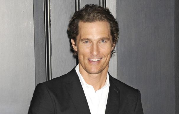 Matthew McConaughey conserva los trajes de stripper de su última película
