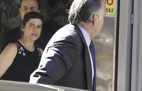 La Guardia Civil traslada en un furgón a Bárcenas a la cárcel de Soto