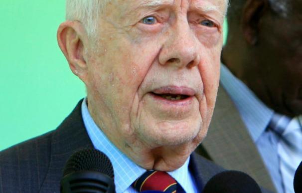El expresidente estadounidense Jimmy Carter llega a Cuba en visita de tres días