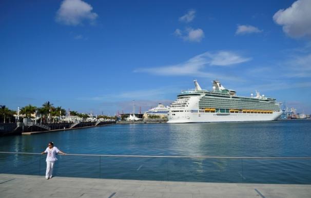 Dos cruceros de la Royal Caribbean llegarán este fin de semana al Muelle Santa Catalina (Gran Canaria)