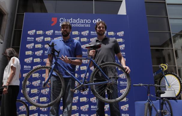Pau y Marc Gasol donarán 150 bicicletas