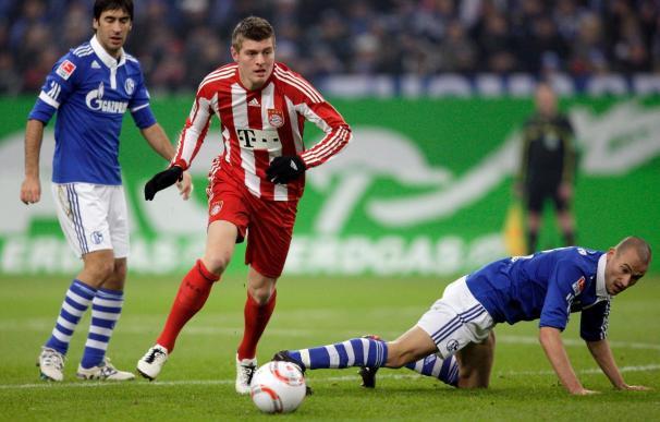 Toni Kroos renueva con el Bayern hasta 2015