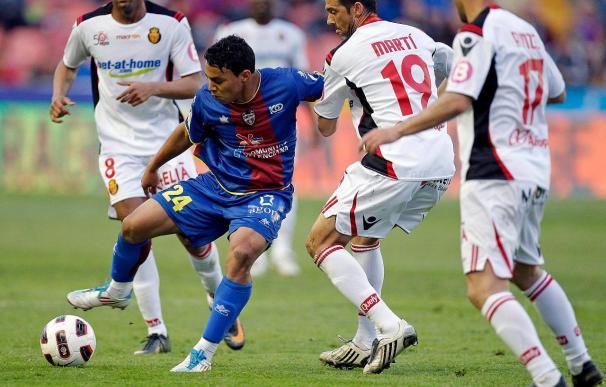 Montero se incorpora al grupo y Caicedo sigue al margen