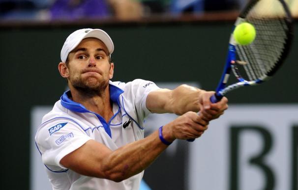 Roddick defiende el título ante un voraz Djokovic