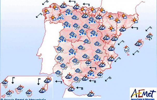 Temperaturas bajas en península e interior Baleares y levante fuerte Estrecho
