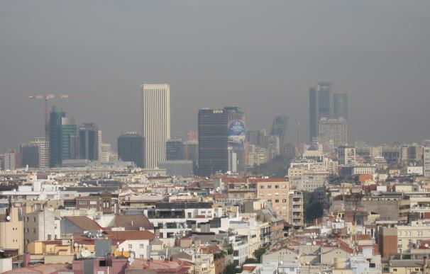 El Ayuntamiento reduce a 70 km/hora la velocidad en la M-30 por la alta contaminación