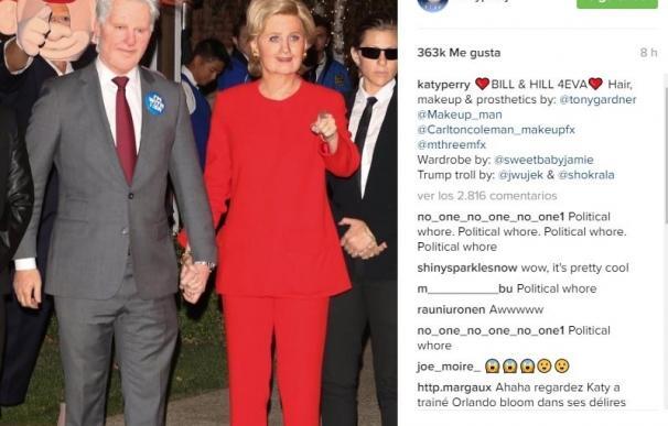 Katy Perry y Orlando Bloom, irreconocibles como Bill y Hillary Clinton
