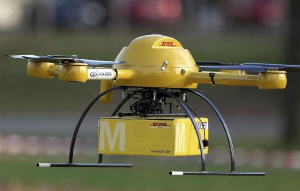 Un drone de la compañía germana DHL en período de prueba.