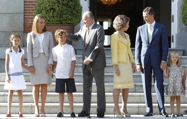 Zarzuela aclara que no se plantea limitar los miembros de la Familia Real