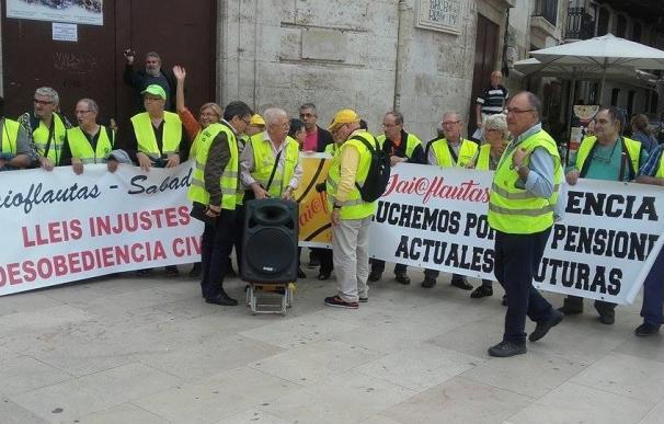 """Iaioflautas de toda España se concentran en Valencia para """"luchar por las pensiones actuales y futuras"""""""