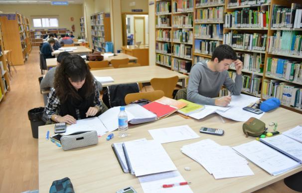 Educación convoca más de 400 plazas de maestros y en 2018 se realizan las oposiciones de Secundaria