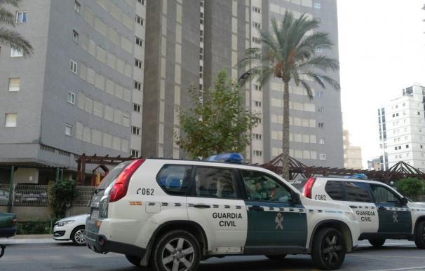 Instituciones expresan su condena al asesinato de una mujer en Calpe, víctima de la violencia machista