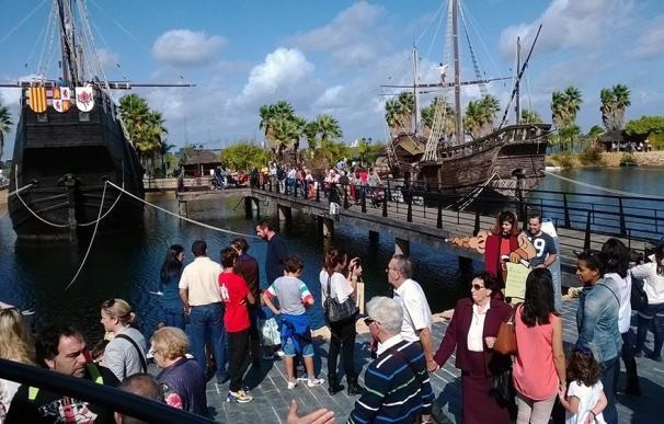 El Muelle de las Carabelas celebra el 12 de octubre con puertas abiertas y una fiesta multicultural