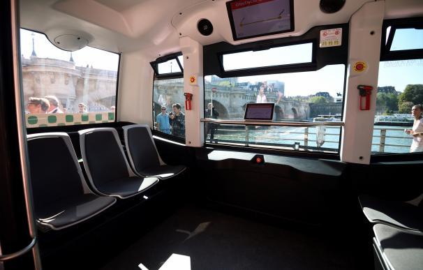 Prueban en París un minibús eléctrico sin conductor