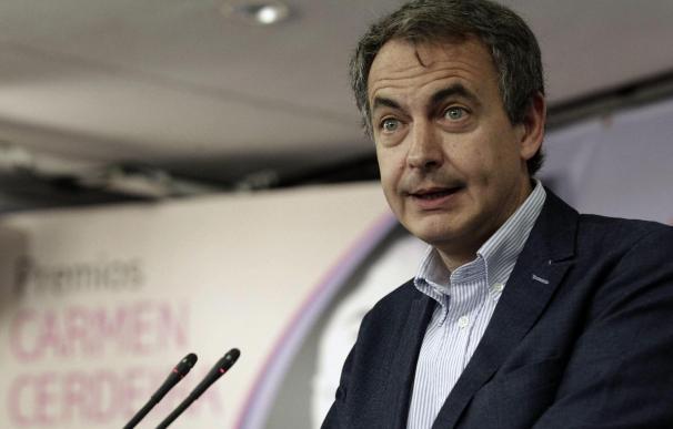 """Zapatero respalda a Rubalcaba y anima al PSOE a escuchar """"sus impulsos"""""""