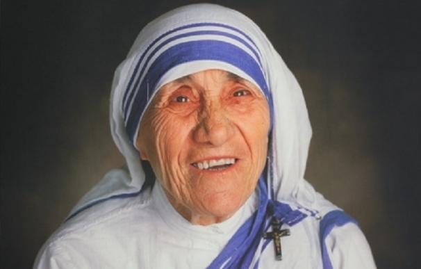 Más de 100.000 peregrinos asisten a la canonización de Teresa de Calcuta