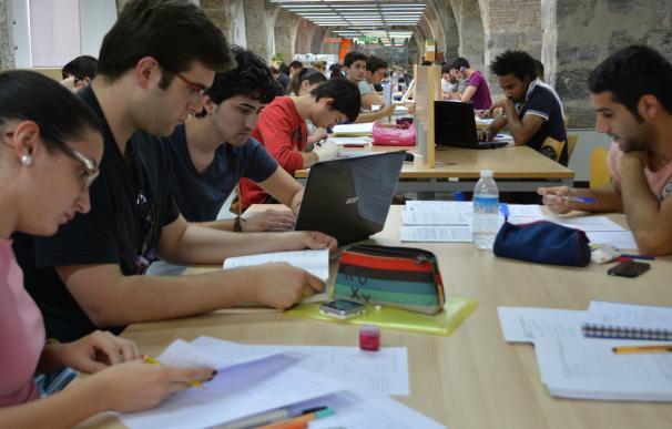 Cerca de 2.400 alumnos de Secundaria y Bachillerato de Caravaca de la Cruz y Fortuna inician hoy el curso