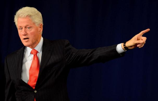"""Bill Clinton toma las riendas de la campaña demócrata como """"suplente"""" de Obama"""