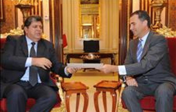 Ollanta Humala y el príncipe Felipe se reúnen en Lima