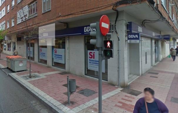 Detenido cuando intentaba atracar una sucursal del BBVA en Valladolid armado con un cuchillo