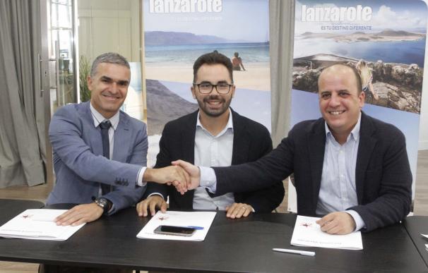 Una avión de Ryanair con base en Pisa (Italia) llevará rotulada la imagen de Lanzarote