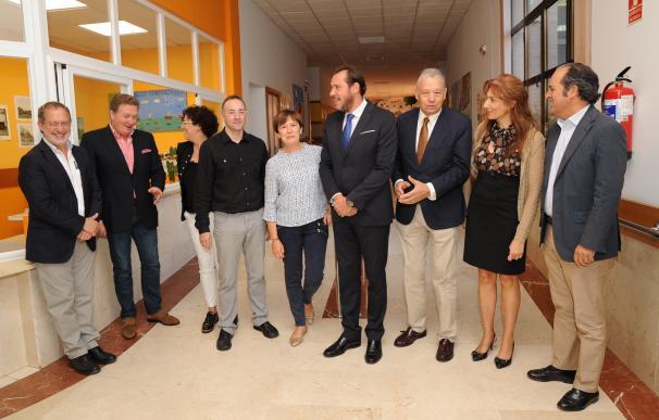"""Puente destaca que el trabajo de centros como el de la Fundación Personas demuestra """"la dignidad"""" de la sociedad"""