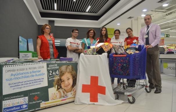Carrefour y Cruz Roja dotan de material escolar a más de 18.000 niños vulnerables en la 'Vuelta al cole solidaria'